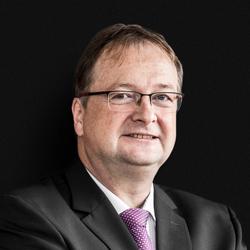 Portrait Ulrich Hoffmeister